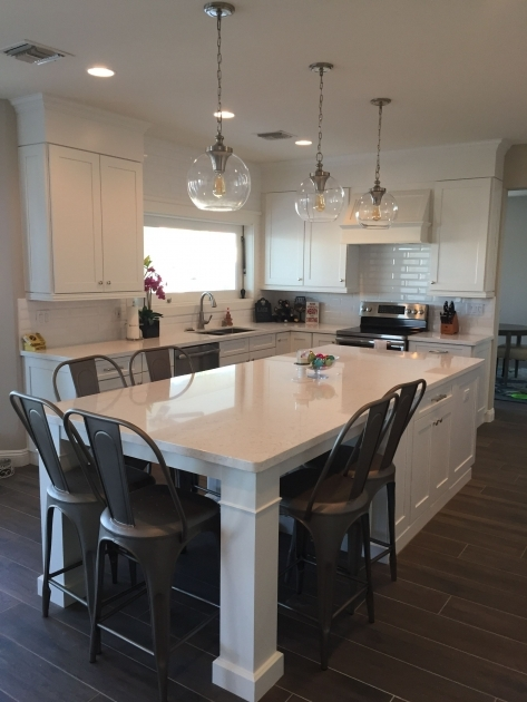 Classy Kitchen Islands With Chairs Image