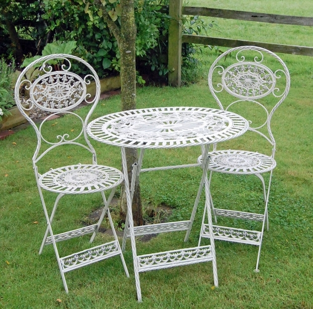Classy Small Outdoor Patio Table And Chairs Pic