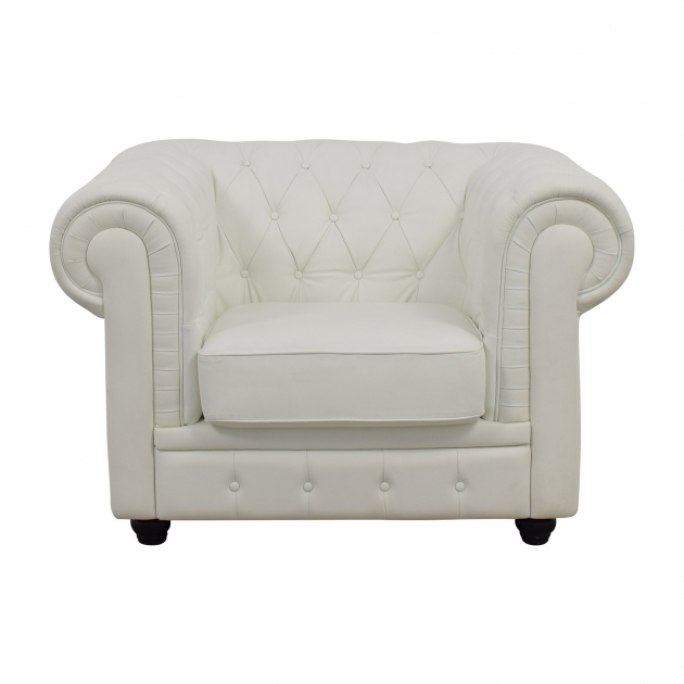 Classy White Tufted Accent Chair Image