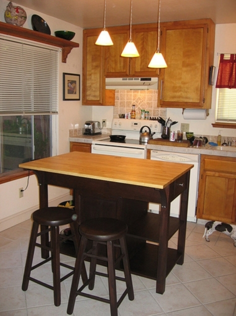 Good Kitchen Islands With Chairs Photos