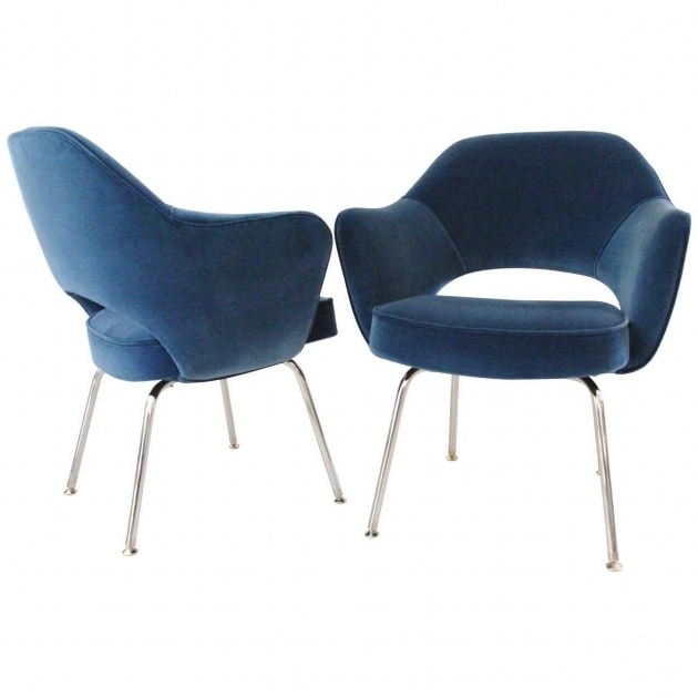 Saarinen Executive Chair Pair Royal Blue Velvet Pictures 18