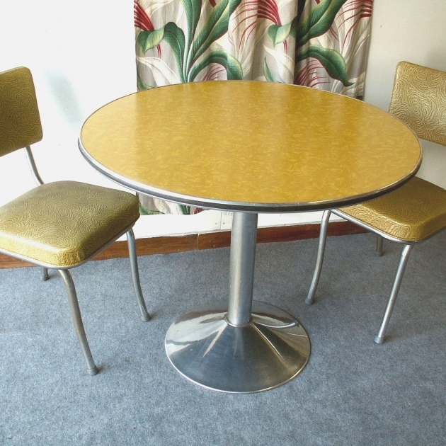 Amazing Retro Kitchen Table And Chairs Canada Picture