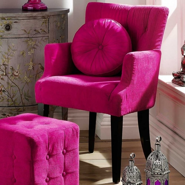 Inspiring Fuschia Accent Chair Image