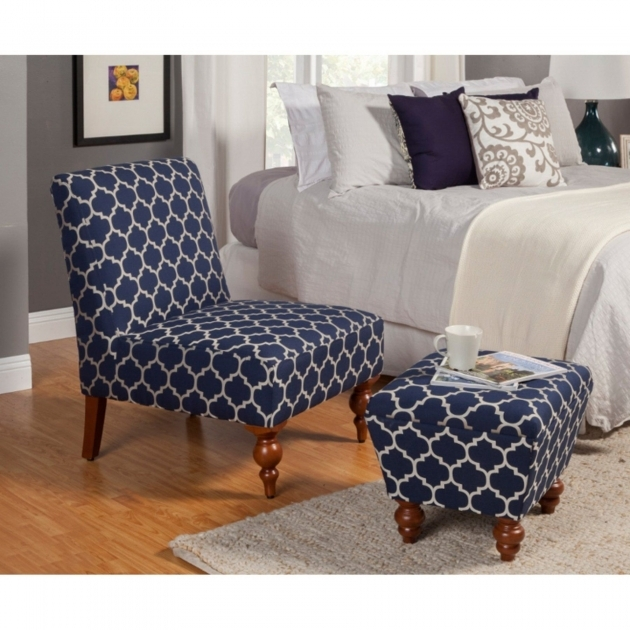 Mesmerizing Blue And White Accent Chair Ideas
