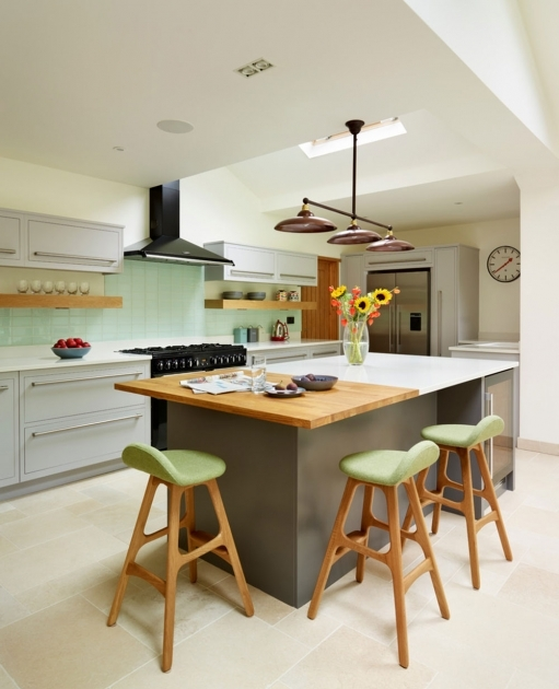 Mesmerizing Kitchen Islands With Chairs Images